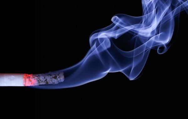 tobacco-smoking-can-raise-developing-depression-schizophrenia-risk